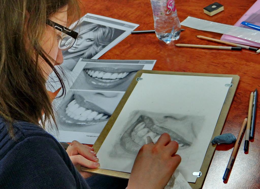 Rajzklub - profi technikák fogak rajzolásához