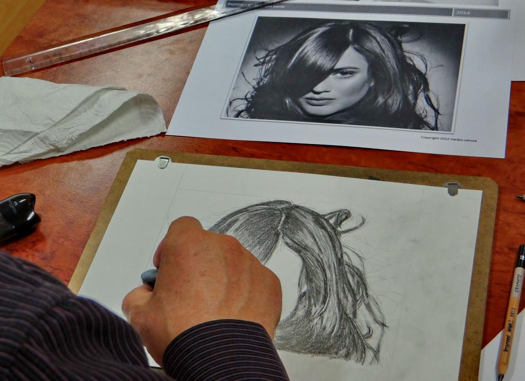 Rajzklub - profi grafit frizura