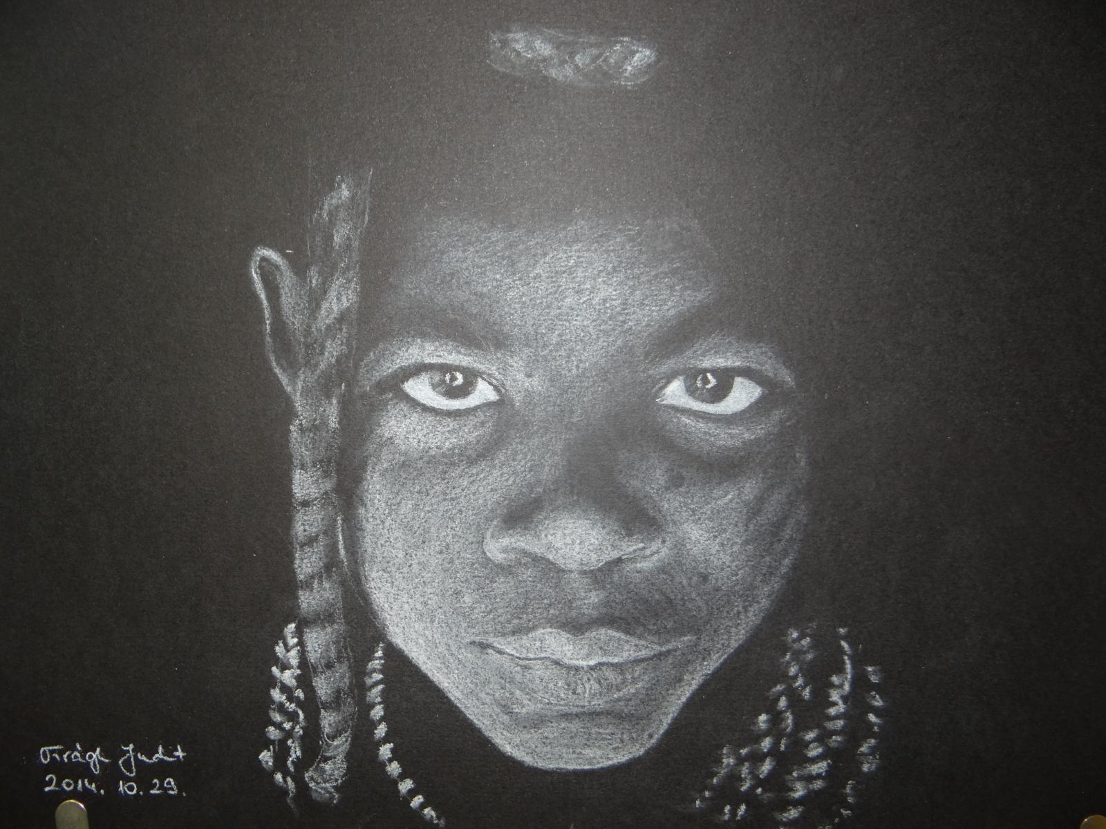 Rajzklub - Profi portré fehér grafittal